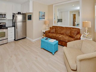 Sea Rocket 28 -Totally Remodeled Second Floor, One Bedroom with Gulf View!, North Redington Beach