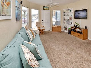 Sea Rocket #29 - Ground Floor, Largest Floorplan One Bedroom Bath and a Half!, North Redington Beach
