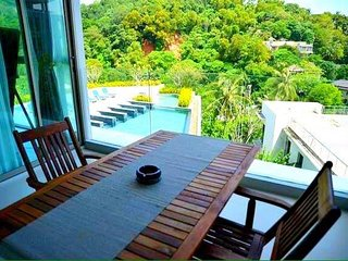 Spacious 2 Bedroom with Pool View and Sea View, Karon