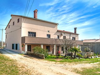 TH01056 Holiday house Eleonora, Barban