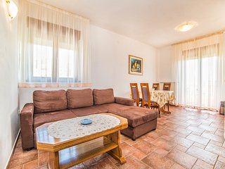 TH03123 Apartments Marica / A4 / Two Bedrooms, Rab Island