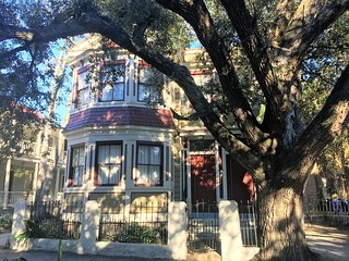 226 Downtown Charleston Compound