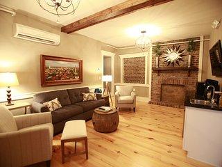 229B Luxury 3 Bedroom in Downtown Charleston