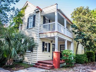 242B Spectacular Charleston Getaway for up to 8 Guests!