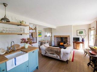 42945 Cottage in Crickhowell, Llangattock Lingoed