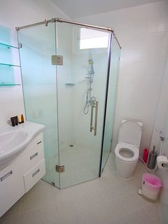 Upper floor shared bathroom.
