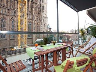 GowithOh - 14031 - La Sagrada Famila on your doorstep - Barcelona