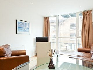 GowithOh - 15916 - Elegant two bedroom apartment in the City - London, Londres