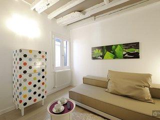 GowithOh - 16641 - Modern designer apartment alongside the Ponte di Rialto - Venice, Veneza