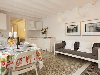 GowithOh - 17541 - Apartment for 6 people between the Ramblas and the beach - Barcelona