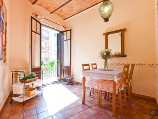 GowithOh - 17731 - Apartment for 5 only 4 minutes from Plaza de España - Barcelona