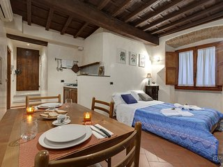 GowithOh - 18015 - Tuscan style studio for 2 in the historical city centre, Florencia