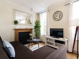 GowithOh - 19065 - 2 bedroom apartment for 4 people in central London - London