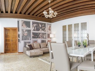 GowithOh - 20924 - Elegant apartment overlooking the canal - Venice, Venecia
