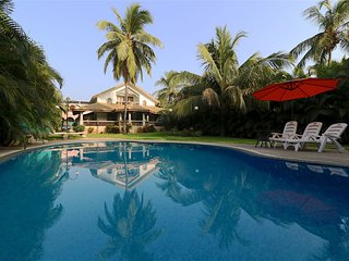 Goa Baga 4bhk Private Pool Villa 100m from beach