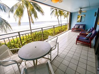 Beach Club #104 - Unique oceanfront living with breathtaking views, Key West