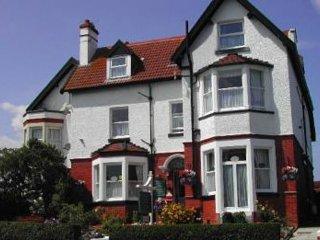 Whitehaven Guest House Kingsize Double en-suite, Whitby