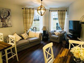 West End Apartment in Edinburgh City Centre, Edimburgo