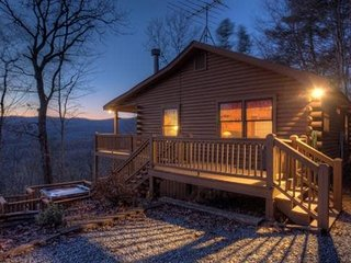 Pet Friendly Mountain Vacation Rental in Blue Ridge, Ellijay