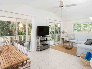 Cozy Sanibel Hideaway located on a Secluded Street, but less than a 10 minute st