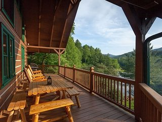 Blue Ridge Vacation Cabin With Guest House, Ellijay