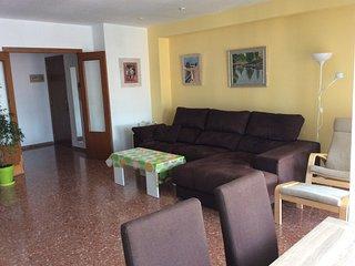 Apartamento en Valencia a 2km de playa Malvarrosa