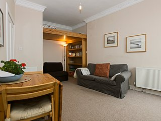 Seagulls one bedroom seaside  holiday apartment in North Berwick