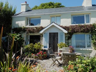 Glen Chass Farmhouse Self Catering Accommodation, Port St. Mary