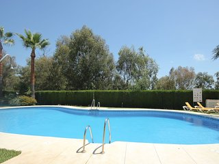 Spacious 4 Bedroom Townhouse in Bahia de Casares
