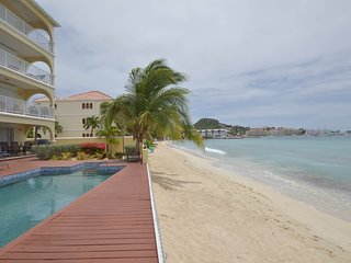 SEA BEACH TREASURE...2BR Penthouse on Simpson Bay Beach, St Maarten, bahía de Simpson
