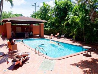 Miami 1949 Mid-Century Modern Villa Nova