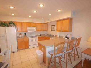 Fully Equipped Kitchen for Meals Large and Small-Breakfast Bar for 3