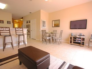 Fantastic 3 Bed Townhome in Windsor Palms!, Kissimmee