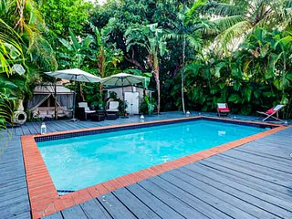 Tranquil 3 Bedroom Jungle Villa With Pool/Hot Tub, Miami
