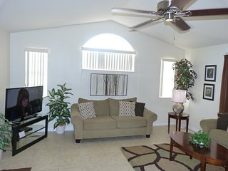 """Magic Your Way!"" TWO King MBR Suites, Low $$'s!, Kissimmee"