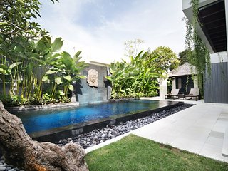Jimbaren Bay Bali  Luxury 2 Bedroom Villa