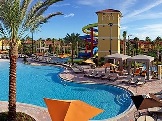 Fantasy World Resort 2br - Minutes from Disney, Universal & others theme Parks!
