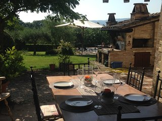 Relax in a Villa in Perugia with outdoor Jacuzzi, San Martino in Campo