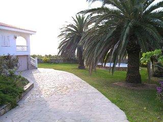 Villa en pierre à 500 mètres de la mer, Alcanar