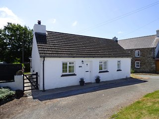Eithinog, stone cottage within walking distance to the and sea and coastal path