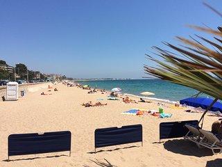 Cannes, piscine, 100 m de la mer, aperçu mer