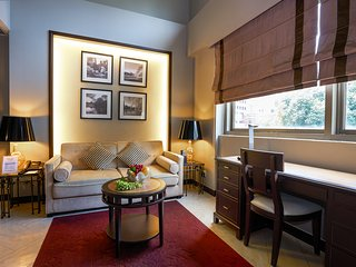 Orchard Parksuites One-Bedroom Loft