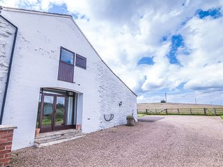 Stylishly converted two floor 16th Century Barn, Louth