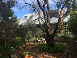 The Garden House - New Guest House near Fremantle, South Fremantle