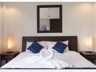 Charming 1 Bedroom apartment with sleep sofa, Kamala