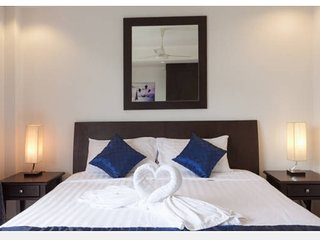 Charming 1 Bedroom apartment with sleep sofa