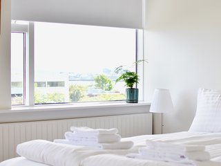 ★ NEW APARTMENT WINTER SPECIAL - BOOK NOW! ★, Reykjavik