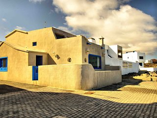 La Casa Azul de la Santa, Caleta del Caballo