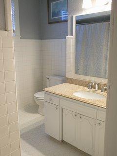Bathroom #2...a full size tub/shower combo bathroom