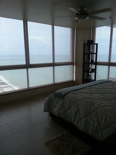 21st Floor Beauty!, Playa Coronado